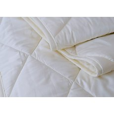 Quilted Mattress Protector by Vispring