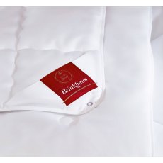 The Bauschi Lux Medium Duvet by Brinkhaus (Tog: 7)