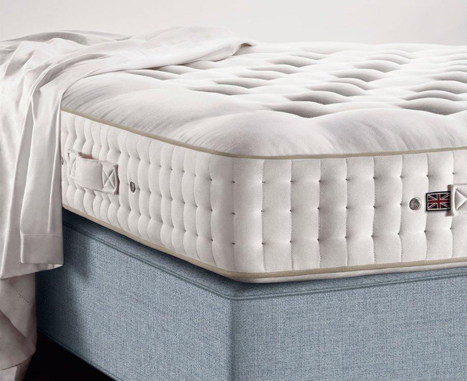 Vispring Tiara Superb Mattress on Sovereign Divan Base